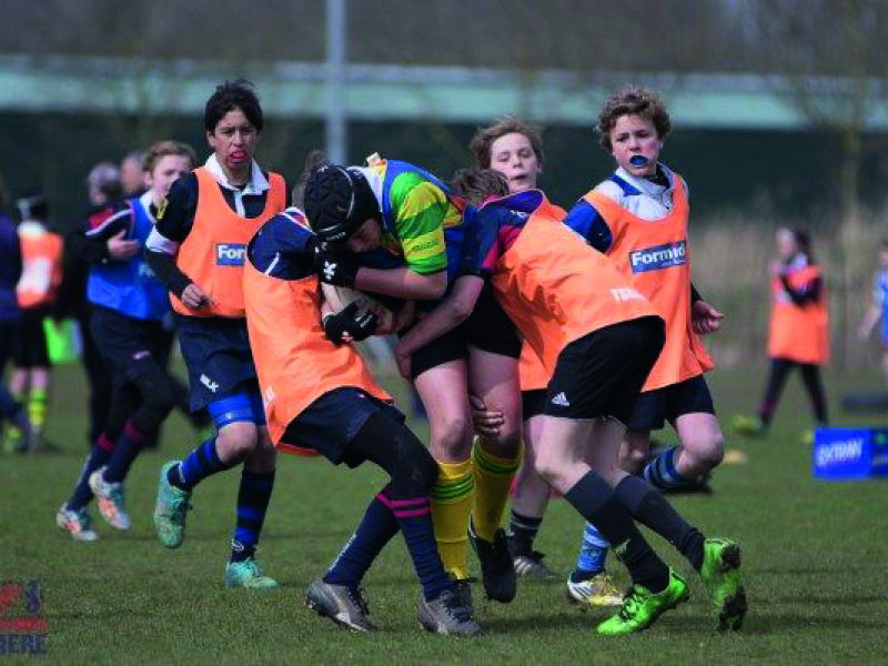 Rijschool-ten-Have-Doetinchem-sponsort-rugbyclub-The-Wild-Rovers-Doetinchem